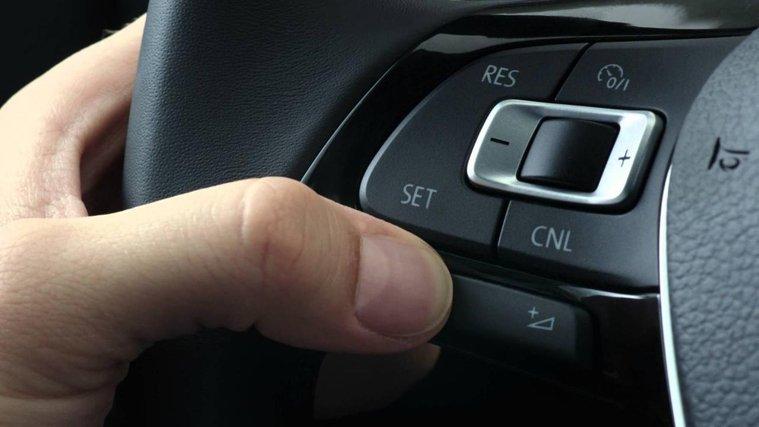 Rattinterface/ISO adaptrar/Aktiva ljudkablar - Solna - Är du en av dom som köpt en ny bil,husbil,lastbilen eller buss och är sugen på att uppgradera din originalstereo till något med mer funktioner och finesser men tror att det inte går?Det går att lösa med CAC-s breda sortiment av allt från  - Solna