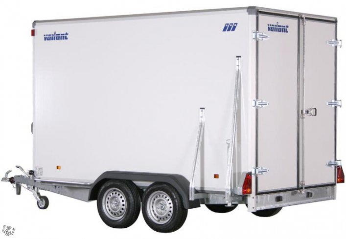 Kampanj - Variant 2005 CVB35 Cargo bakdörrar - Kalmar - Variant 2005 CVB35 Cargo är ett kraftigt konstruerat bromsat skåpsläp som levereras som standard med dubbeldörr bak men kan istället fås med en kraftig bakramp.LastförmågaMaxlast 1150 kgLastutrymme (LxB) 346 x 185 cmMått och vikt på sk